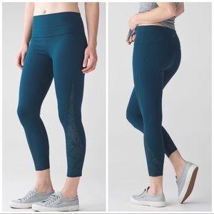 Lululemon High Times 7/8 Pant Laser Cut Pant, 6